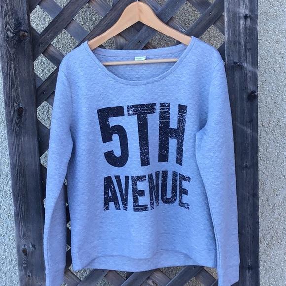 """Jacqueline de Yong sweat shirt saying """"5th Avenue"""""""
